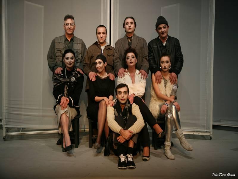 Premiera spectacolului ʺSpargereaʺ după Răzvan Petrescu / Teatrul Naţional ʺMarin Sorescuʺ din Craiova