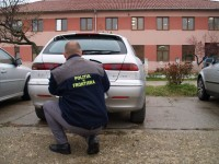 Autoturism căutat de autorităţile italiene, indisponibilizat de poliţiştii de  frontieră mehedinţeni