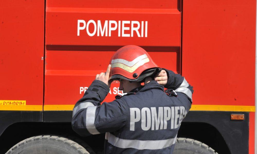Pompierii mehedinţeni la datorie