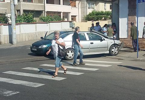 Accident auto în Drobeta Turnu-Severin