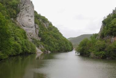 Proiect pentru iluminatul chipului lui Decebal de pe Clisura Dunării