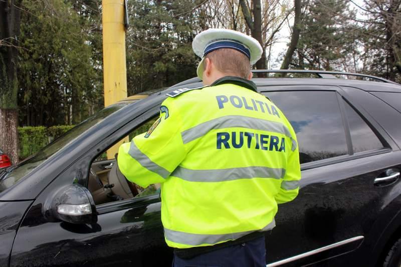 Amenzi ale politistilor rutieri