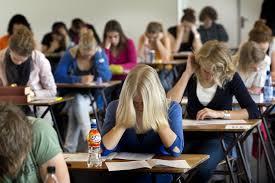 Sesiunea august – septembrie 2019 a examenului național de Bacalaureat începe miercuri, 21 august, cu probele scrise